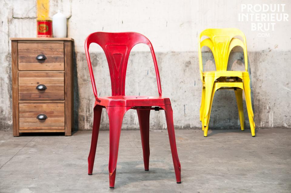 Chaise inspirée du style Tolix – Produit Intérieur Brut