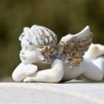 Médaille de baptême à l'effigie d'un ange : cadeau unique